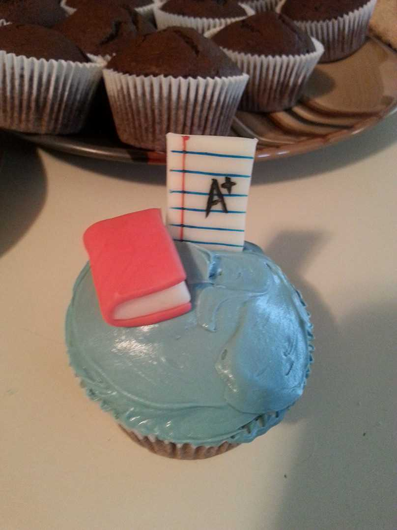 How To Make Creative Back to School Cupcakes - Almost Done