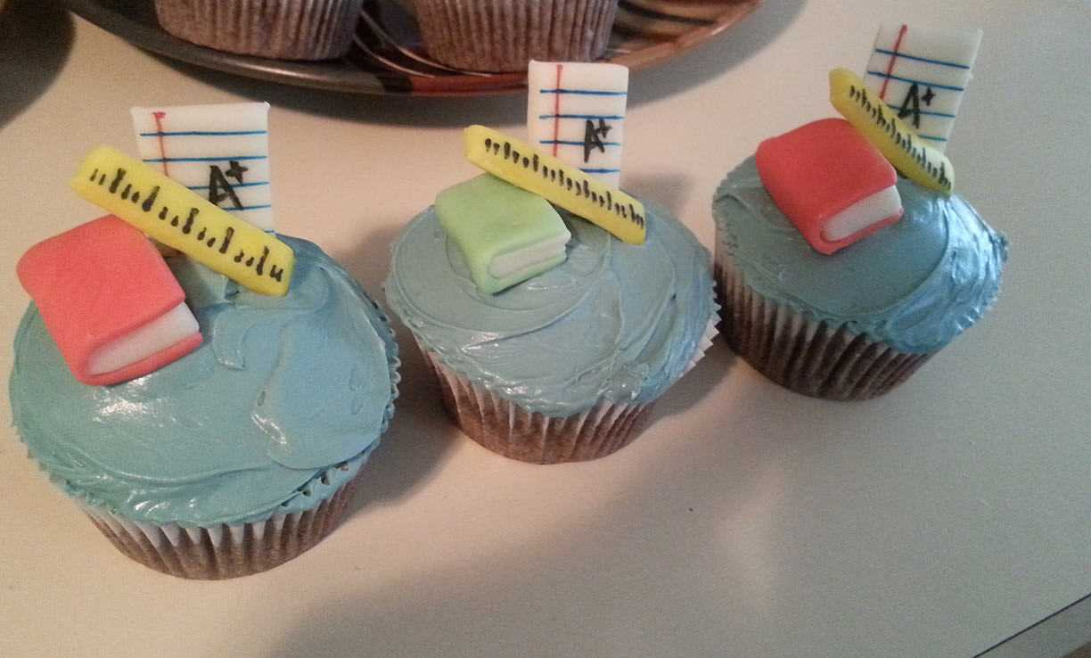 How To Make Creative Back to School Cupcakes - Finished