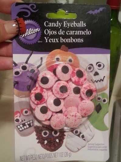 How to Make Tasty & Spooky Halloween Cupcakes - Eyeballs